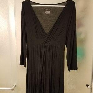 Long sleeved black maternity dress